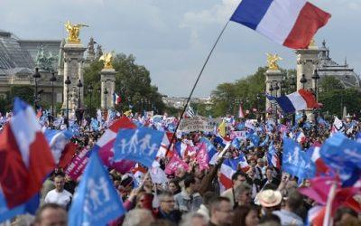 Des écoles en France remplacent «père et mère» par «parents 1 et 2»